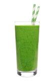 在玻璃的绿色圆滑的人与在白色隔绝的秸杆 免版税图库摄影
