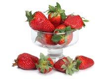在玻璃鸡尾酒的草莓 免版税库存图片