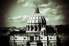 罗马圣皮特的大教堂在梵蒂冈 免版税库存照片