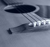 在黑白照片的声学吉他 免版税图库摄影