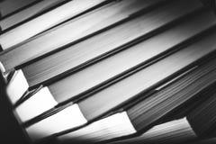 在黑白的书 免版税库存照片