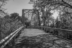 在黑白的老Maxdale桥梁 免版税库存图片
