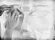 在黑白的艺术家手 免版税库存照片