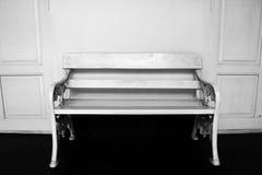 在黑白的葡萄酒椅子 图库摄影