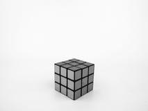 在黑白的Rubik的立方体 免版税库存照片