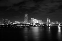 在黑&白色的横滨,日本地平线 图库摄影