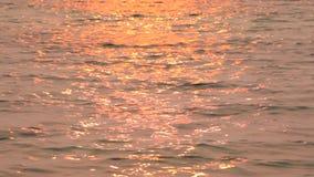 在水的太阳道路 股票录像