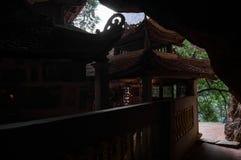 在洞的寺庙, Bich东塔, Tam Coc,越南 图库摄影