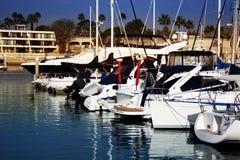 在水的小船在Marina台尔Ray在南加州 库存图片