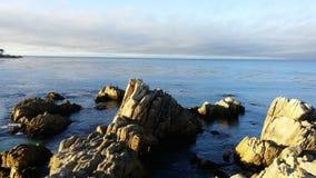 在水的岩石 库存图片