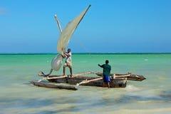 在水的木风船 库存照片
