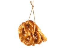 在绳索的椒盐脆饼 免版税库存照片