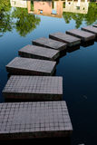 在水的道路 库存图片