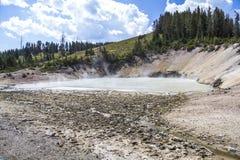 在黄石的火山geysir 库存照片