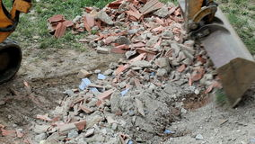 在建筑工地的挖泥机 股票录像