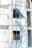 在建筑工地的绞刑台 免版税库存图片