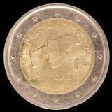 在2011年纪念两欧元硬币由意大利和celebrat发布了 免版税图库摄影