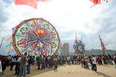 在死者的那天大风筝节日, Sumpango, Sacatepequez,危地马拉 免版税库存照片
