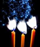 在黑背景的蜡烛 图库摄影