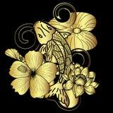 在黑背景的金子Koi鱼和花日本纹身花刺 免版税库存图片