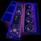 在黑背景的DJ设备 库存图片