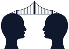 在头脑之间的桥梁 免版税库存照片