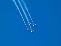 在以色列美国独立日的空中特技飞行以色列人空军队 图库摄影