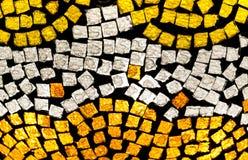 在黄色和白色的马赛克 免版税图库摄影