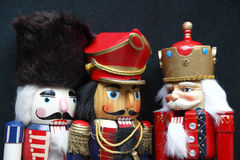 在黑色的圣诞节胡桃钳 免版税库存图片
