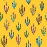 在黄色的无缝的马赛克仙人掌样式 图库摄影