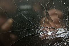 在黑色的残破的玻璃 库存照片