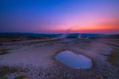 在黄色石国家公园的温泉城日落 免版税库存图片
