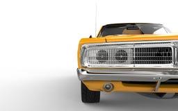 在黄色肌肉汽车的镀铬物格栅 库存图片