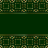 在绿色背景的金黄卡片 免版税库存图片