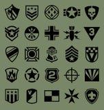 在绿色设置的军用符号象 免版税库存照片