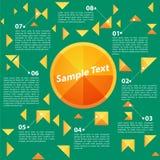 在绿色Backgrount的抽象橙色三角 免版税图库摄影