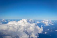 在29,000英尺的云彩altitud 库存图片
