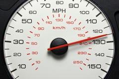 在125英里/小时的车速表 免版税图库摄影