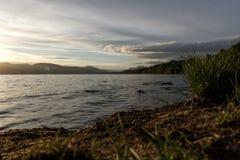 在洛蒙德湖和Trossachs国家公园苏格兰的日落 库存图片