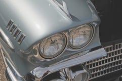 在1957年薛佛列的车灯 库存图片