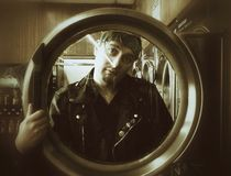 在洗衣店 免版税库存照片