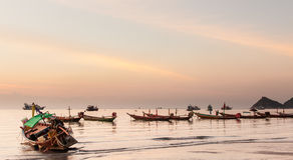 在酸值陶,泰国的日落 免版税库存照片