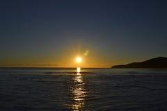 在主要海滩, Noosa,阳光海岸,昆士兰,澳大利亚的日出 图库摄影