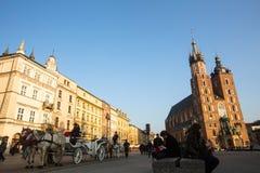 在主要集市广场的支架 库存照片