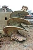 在建造场所使堆船具木钻不耐烦 库存图片