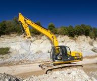 在建造场所的挖掘机 库存图片