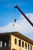 在建造场所的起重机 库存图片