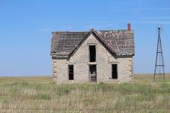 在1800 `建造的老石灰石房子s 库存图片