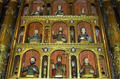 在阴险的人教会丰沙尔内部的宗教艺术  图库摄影