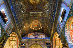在阴险的人教会丰沙尔内部的宗教艺术  库存图片